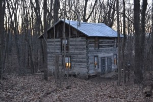 The Helen Swenson cabin at Wing Haven.